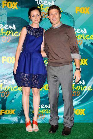 Zach Gilford and Alexis Bledel - 2009 Teen Choice Awards - Press Room