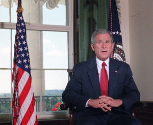 US President George W. Bush poses for photographers in the White House ...