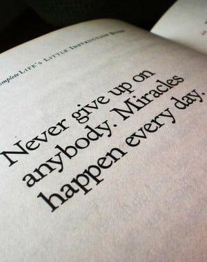 life, miracles, never give up, quote, text