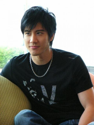 ... /images/photos/7000000/Lee-Hom-Wang-wang-lee-hom-7001361-480-640.jpg