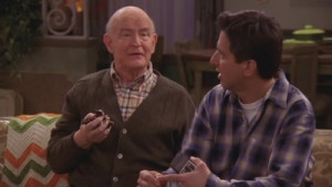 Everybody Loves Raymond - 08x13 Whose Side Are You On?