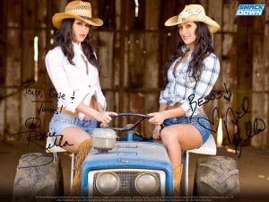The Bella Twins Picture