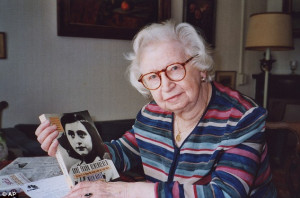 Miep Gies: Woman who helped shelter Anne Frank's family from the Nazis ...