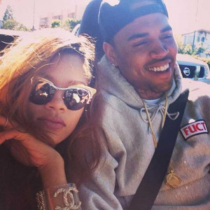 Sigh…Based on this Picture, Rihanna and Chris Brown Are Likely Still ...