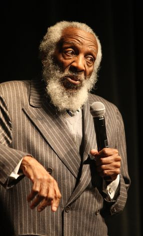 Dick Gregory speaks on civil issues at CMU