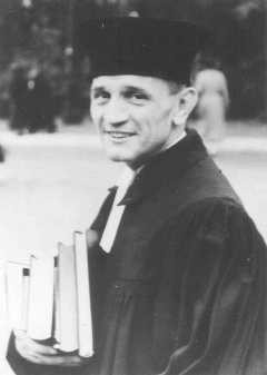 Martin Niemöller, a prominent Protestant pastor who opposed the Nazi ...