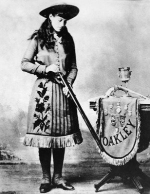 Annie Oakley Wild Life And...