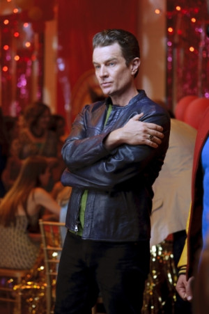 James Marsters returns to Smallville Brainiac in the show's 200th ...