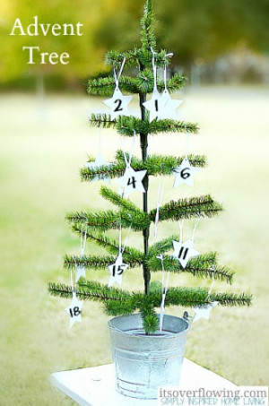 Advent Tree with Daily Bible Verses