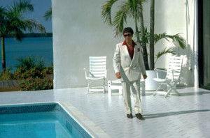Tony Montana has great panache as he rocks the white suit!)