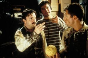 Still of Nathan Lane, Lee Evans and Gore Verbinski in Mousehunt (1997)