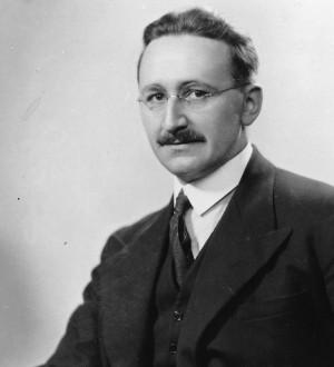 Death of Friedrich A. van Hayek, Political Philosopher and Economist