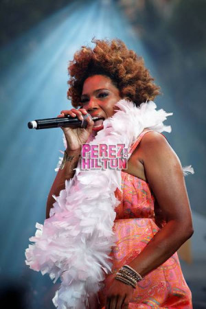 Macy Gray News Archive