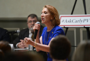 Carly Fiorina spoke during a reception and panel discussion in ...