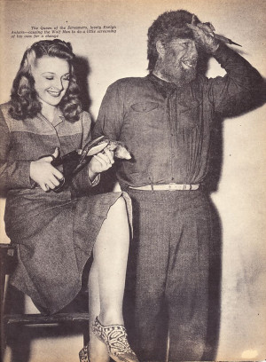 gag shot of Evelyn Ankers and Lon Chaney Jr. from The Wolf Man (1941)