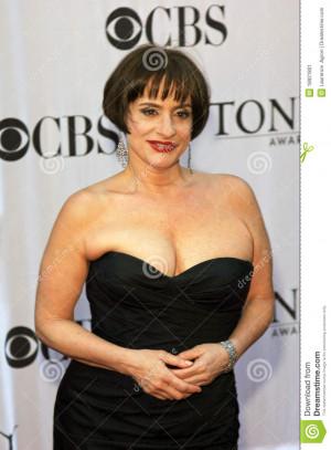 patti lupone actress