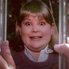 Buzz's girlfriend from Home Alone