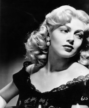 Lana Turner Hair How To: Fun and Flirty Hair!!!