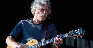 With a 'touch of grey' Grateful Dead reunites for final concert