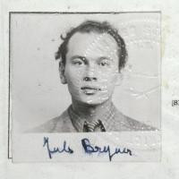 Yul Brynner Biography, Yul Brynner's Famous Quotes - QuotesSays . COM