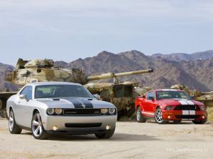 Dodge Challenger SRT8 (2008) vs. Ford Mustang Shelby GT500 (2008 ...