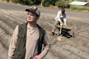 the office schrute farms pam mose jim dwight schrute beet farm