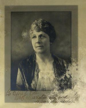 109 1st Lady FLORENCE HARDING Photograph Signed