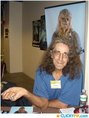 peter-mayhew-chewbacca-01
