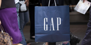 GAP-SHOPPING-BAG-facebook.jpg