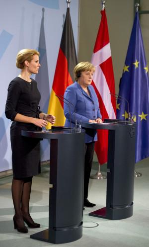 Statsminister Helle Thorning Schmidt Møder Den Tyske Forbundskansler ...