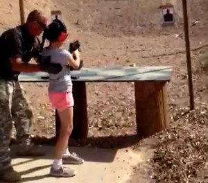 arizona-investigating-fatal-gun-range-shooting-by-9-year-old-girl.jpg