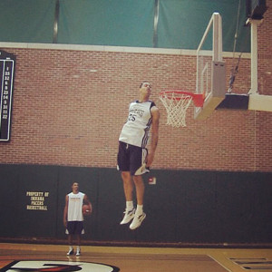 Gerald Green Jumping, Head Above Rim! Amazing plus some alley-oops