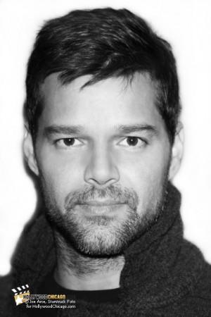 Livin' Large: Ricky Martin at Borders Books Lincoln Park, November ...