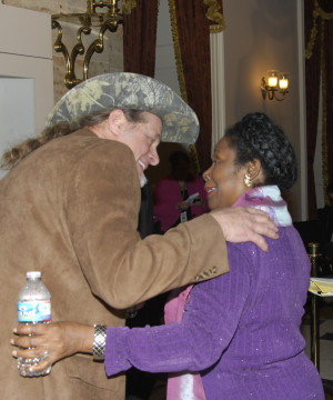 Rep. Sheila Jackson Lee, D-Houston, embraces conservative rocker Ted ...
