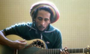 Bob-Marley-playing-guitar-008.jpg