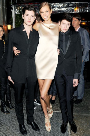 Peter Brant, Jr., Karlie Kloss and Harry Brant at the Chanel Dinner ...