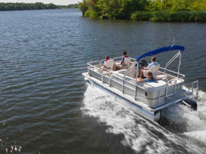 Have a question about the 2013 Sweetwater Sweetwater Sunrise 186 F?