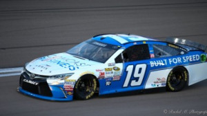 Carl Edwards Hoping To Get Lucky in Las Vegas