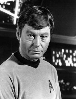 Description DeForest Kelley, Dr. McCoy, Star Trek.jpg