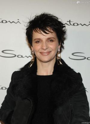 Juliette Binoche au defil Santoni Milan lors de la fashion week
