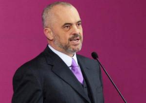 TIRANE- Kryesocialisti Edi Rama në një deklaratë për mediat ka ...