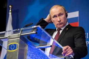 Vladimir Putin Smashes Washington's Cocoon