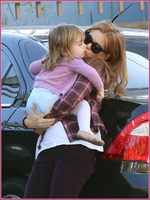 Isla Fisher Out And About With Elula