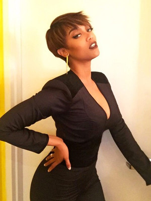 Tyra Banks's New Pixie Makes Her Feel Like a 'Futuristic Businesswoman ...