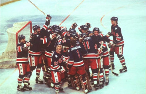 The U.S. hockey team celebrates victory over Finland to win the gold ...