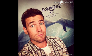 Austin Stowell Pictures