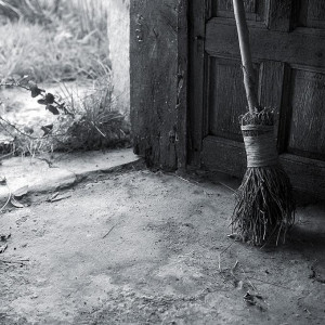 Gallery > Charo Diez > Photos > My Own Favourites > The Old Broom