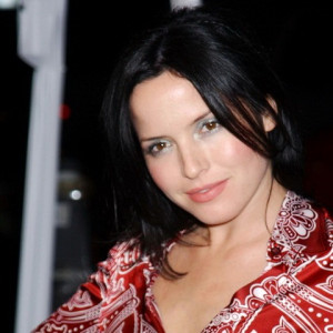 Andrea Corr Ten Feet High