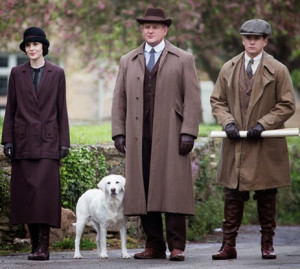 Mary, Lord Grantham, Tom and Isis, the dog.