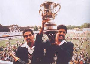 kapil dev all rounder kapil dev nikhanj is indian cricket s greatest ...